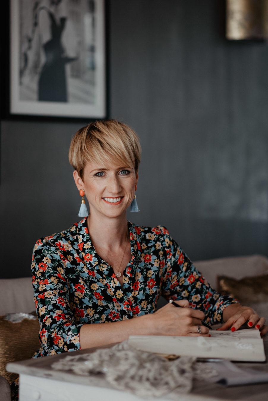 Lifestyleshooting Businessbilder Portraitfotografin Grafikdesign Heidelberg Pfalz Juliane Finkenberger